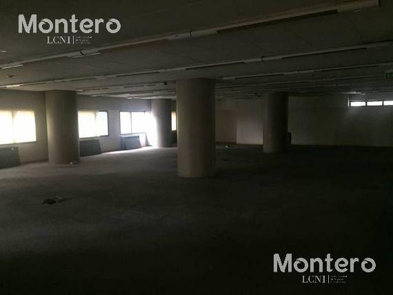 Foto Oficina en Venta en  Retiro,  Centro (Capital Federal)  Reconquista 1000