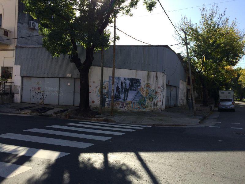 Foto Cochera en Venta en  Barracas ,  Capital Federal  Barracas