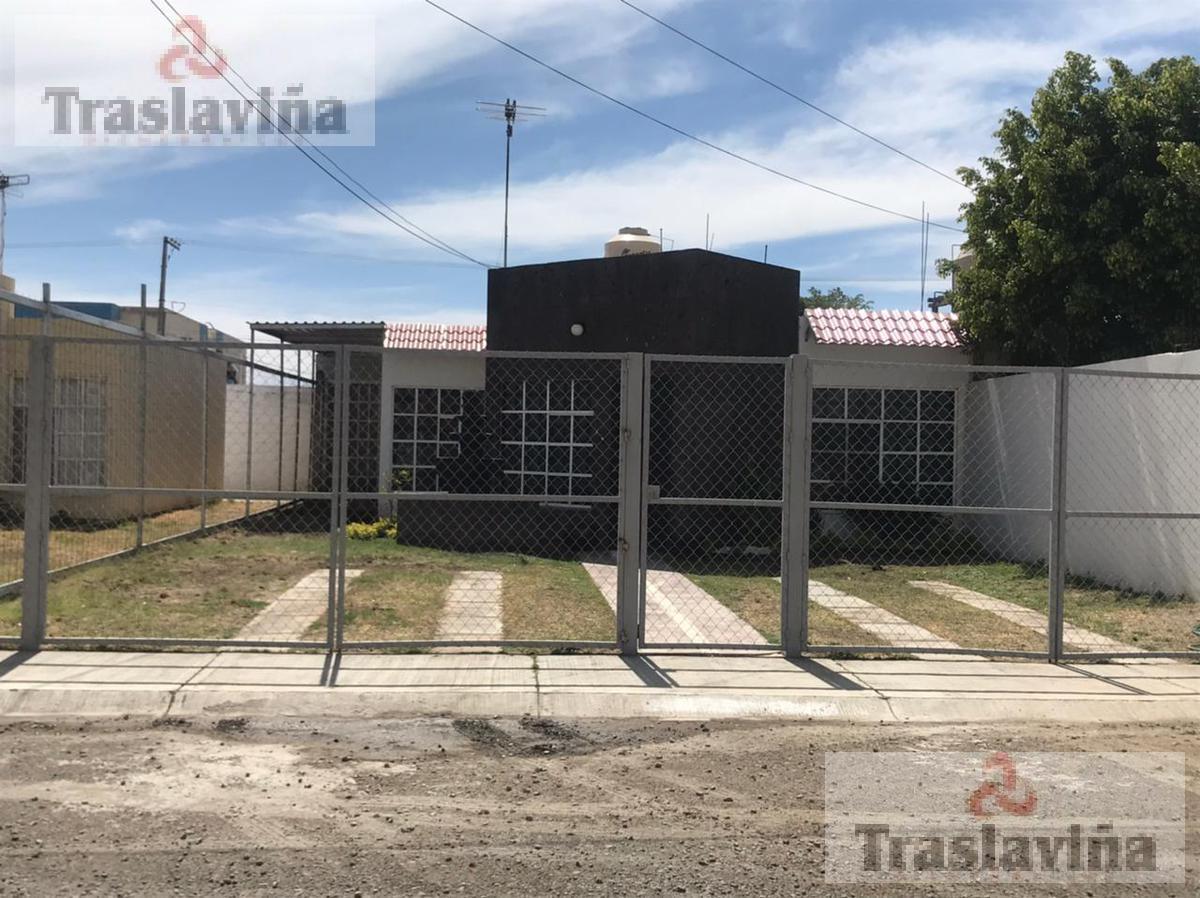 Foto Casa en Renta en  Fraccionamiento Villa de Las Flores,  Silao  Casa en Renta en Villa de las Flores, Silao