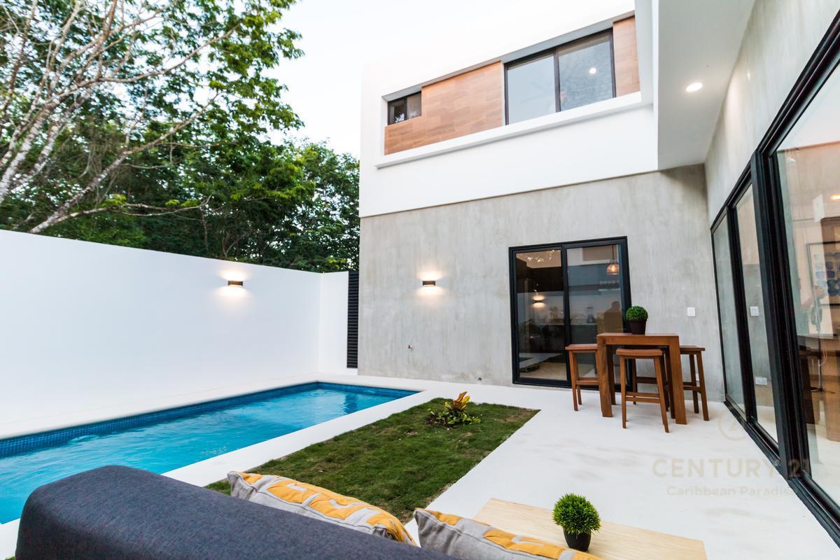 Playa del Carmen House for Sale scene image 17