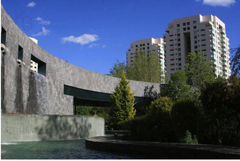 Foto Departamento en Venta en  Lomas Country Club,  Huixquilucan  SKG Asesores Inmobiliarios Vende Departamento, Garden  de 300 m2