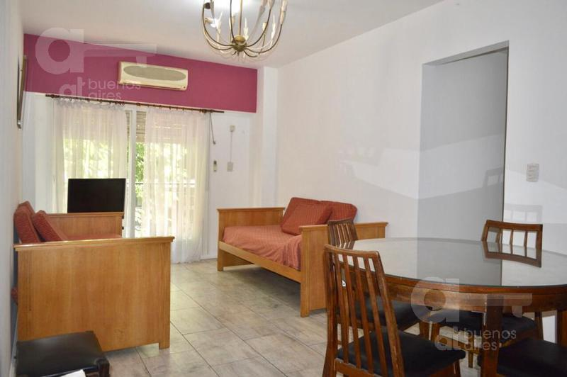 Foto Departamento en Alquiler temporario en  Balvanera ,  Capital Federal          San Luis y Pueyrredón.