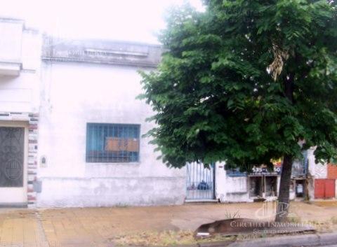 Foto Casa en Venta en  Mataderos ,  Capital Federal  Fonrouge al 2100