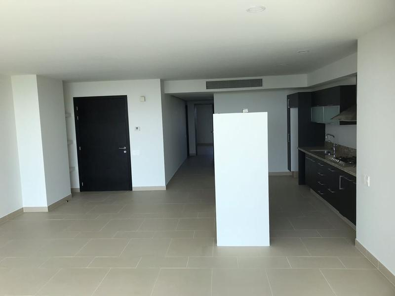 Puerto Cancún Apartment for Sale scene image 30