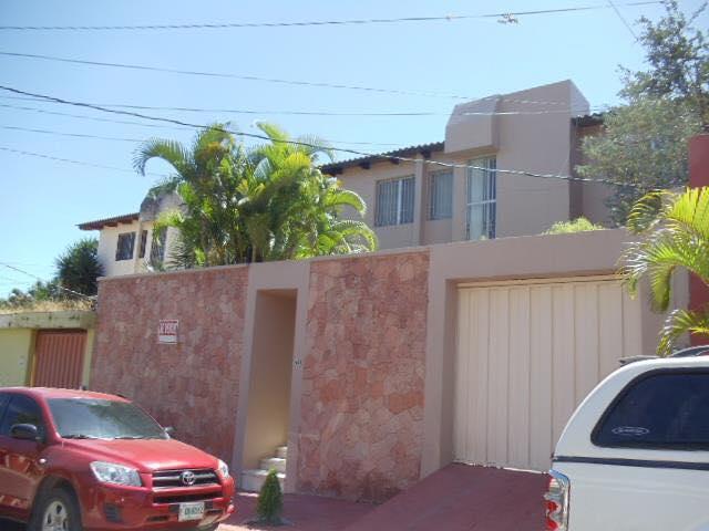 Foto Casa en Venta en  Res. Las Hadas,  Distrito Central  Casa En Venta Residencial Las Hadas Tegucigalpa