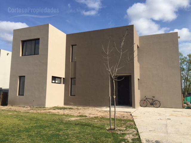Foto Casa en Venta en  San Rafael,  Villanueva  Barrio San Rafael - A la Laguna!!