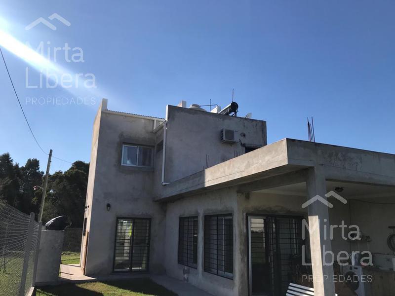 Foto Casa en Venta en  La Plata ,  G.B.A. Zona Sur  Calle 18 esquina 652. S/n Unica casa de la esquina
