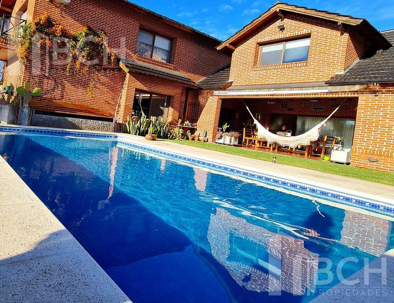 Foto Casa en Venta en  Talar Del Lago I,  Countries/B. Cerrado (General Pacheco)  Talar del lago 1 lote al 400