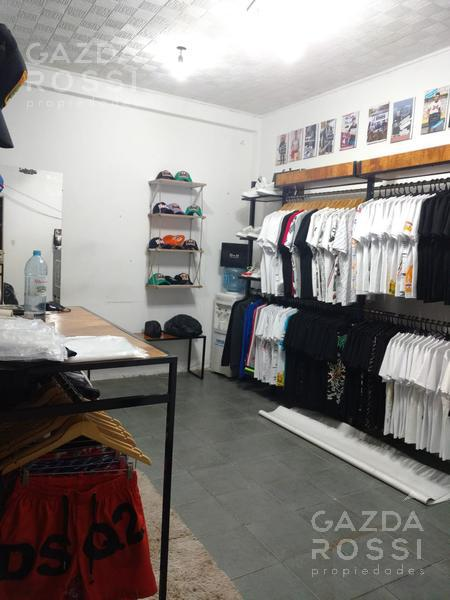 Foto Local en Venta en  Adrogue,  Almirante Brown  Pellerano 730 local 12