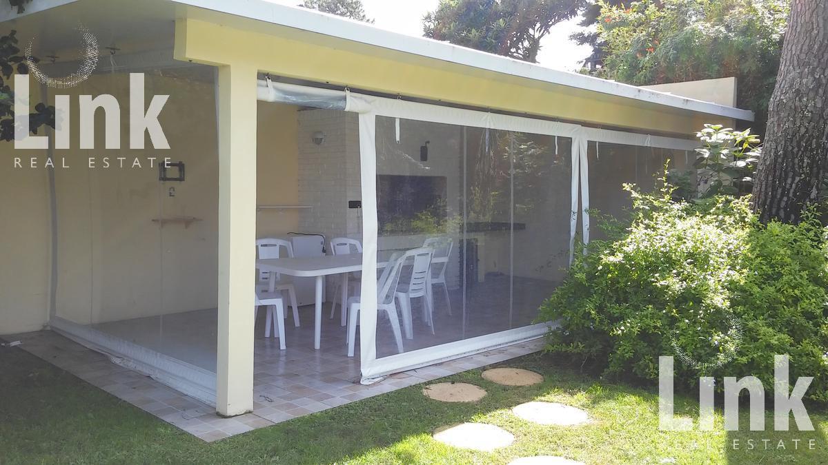 Foto Casa en Venta | Alquiler en  Playa Mansa,  Punta del Este  Playa Mansa