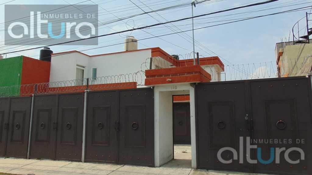 Foto Casa en Venta en  Bosques de Colón,  Toluca  CALLE FRAMBOLLANES SUR NO.110, INT-1, COLONIA BOSQUES DE COLON , C.P. 50180, CASH0971