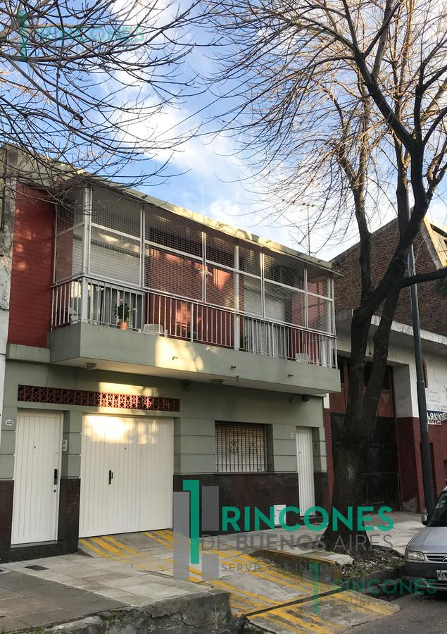 Foto PH en Venta en  Barracas ,  Capital Federal  Azara al 1300