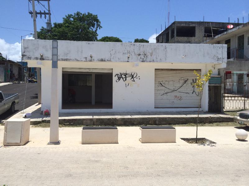 Foto Local en Renta en  Luis Donaldo Colosio,  Solidaridad  ave 5ta con 68