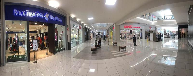 Foto Local en Renta en  San Lorenzo,  Tlalnepantla de Baz  SKG Asesores Inmobiliarios Rentan-Traspasan Local de 145.77 m2, Plaza Tlane Fashion Mall