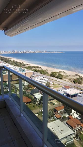 Foto Apartamento en Venta en  Playa Mansa,  Punta del Este  Rambla Brava y Parada 16