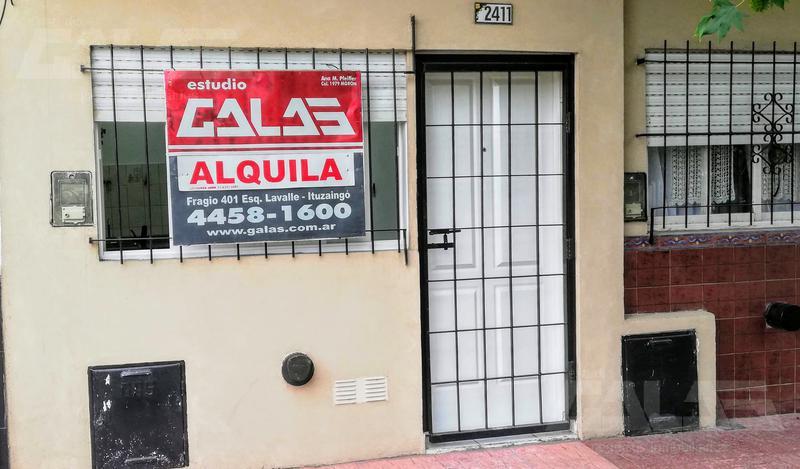 Foto PH en Alquiler en  Ituzaingó ,  G.B.A. Zona Oeste  Emperanza al 2400