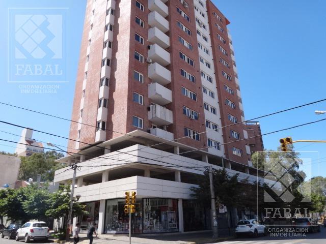 Foto Departamento en Alquiler en  Área Centro Este ,  Capital  Belgrano 55
