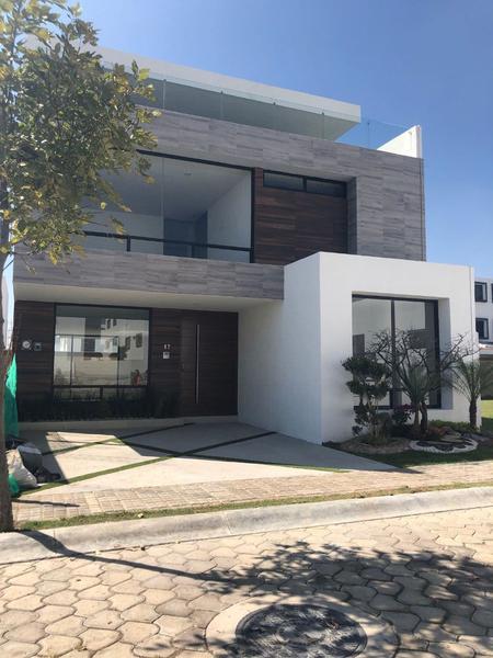 Foto Casa en Venta |  en  Fraccionamiento Lomas de  Angelópolis,  San Andrés Cholula  Casa en Venta Montemorelos, Parque Nuevo León, Lomas de Angelópolis III
