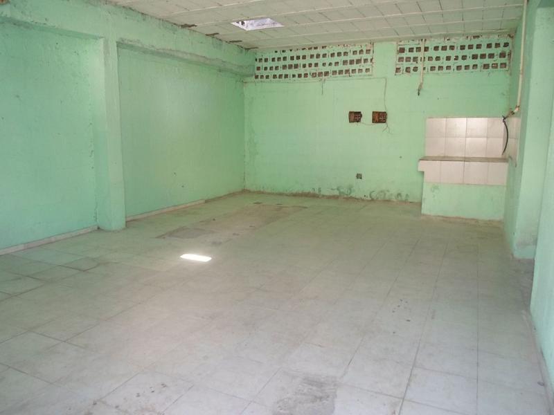 Foto Local en Venta en  Región 90,  Cancún  Se Vende Propiedad Comercial en Cancun Región 90