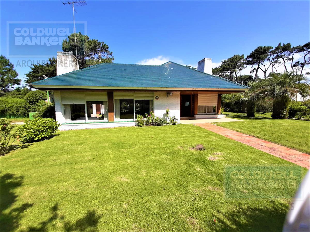 Foto Casa en Alquiler en  Playa Mansa,  Punta del Este  Casa de 3 dormitorios en venta y alquiler en La Mansa