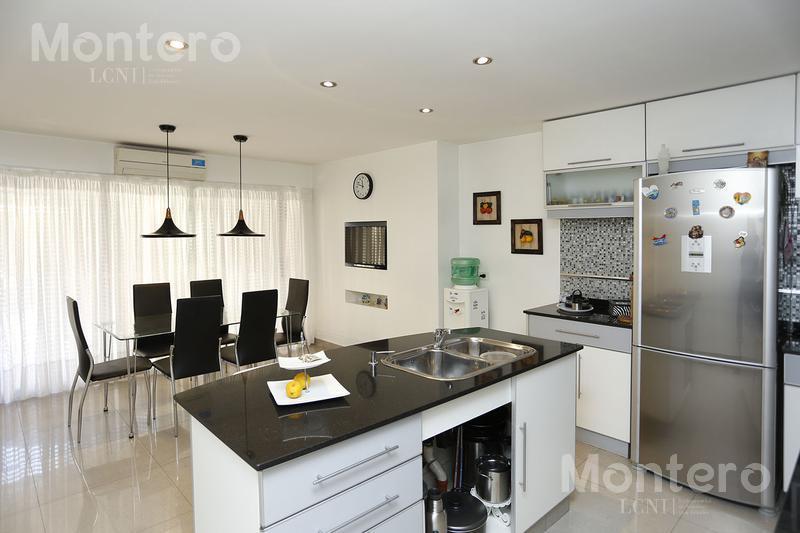 Foto Casa en Venta en  Olivos,  Vicente Lopez  Francia  al 3000