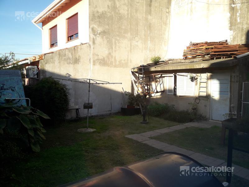 Foto Casa en Venta en  Temperley,  Lomas De Zamora  Joaquin V. Gonzalez 990