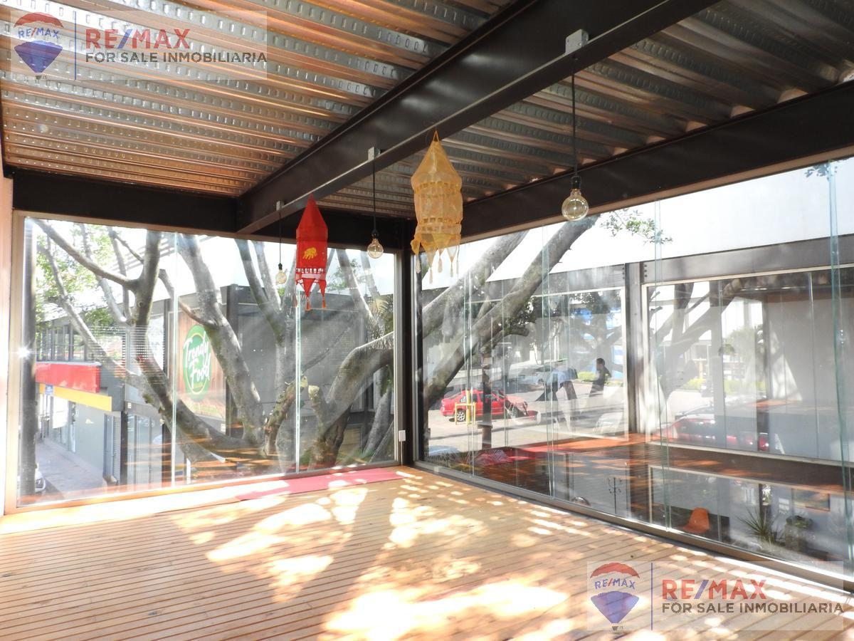 Foto Local en Venta en  Gualupita,  Cuernavaca  Venta de local dentro Plaza comercial en Cuernavaca…Clave 3275
