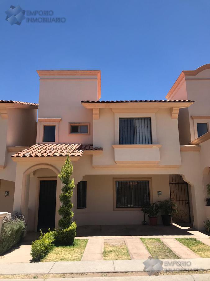 Foto Casa en Venta en  Fraccionamiento Villa California,  Tlajomulco de Zúñiga  Casa Venta Fracc. Villa California $2,400,000 Antver E1