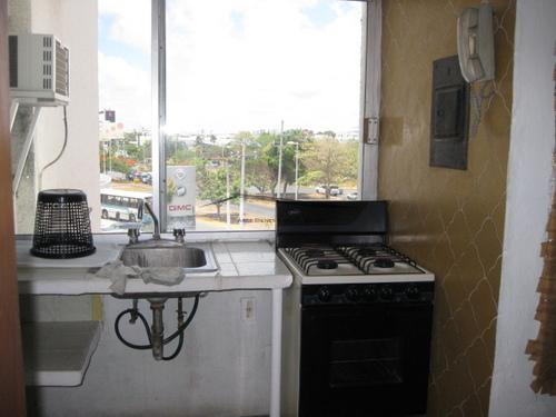 Foto Departamento en Renta en  Supermanzana 4 Centro,  Cancún  Departamento en Cancun Towers Av. Tulum
