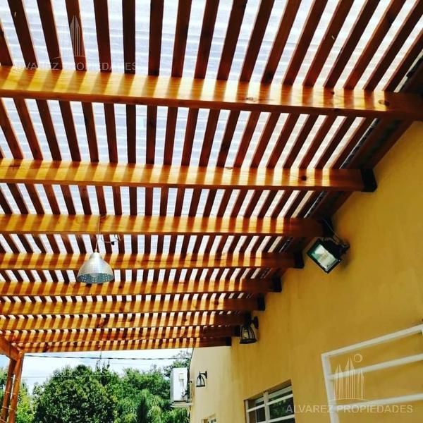 Foto Casa en Venta en  Francisco Alvarez,  Moreno  Ramón y Cajal al 1000