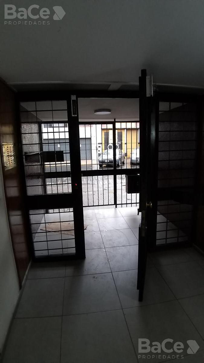 Foto Departamento en Venta en  Abasto,  Rosario  san martin al 1800
