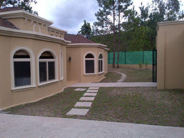 Foto Casa en Venta en  El Hatillo,  Distrito Central  Casa En Venta Hermosa Residencia En El Hatillo Tegucigalpa