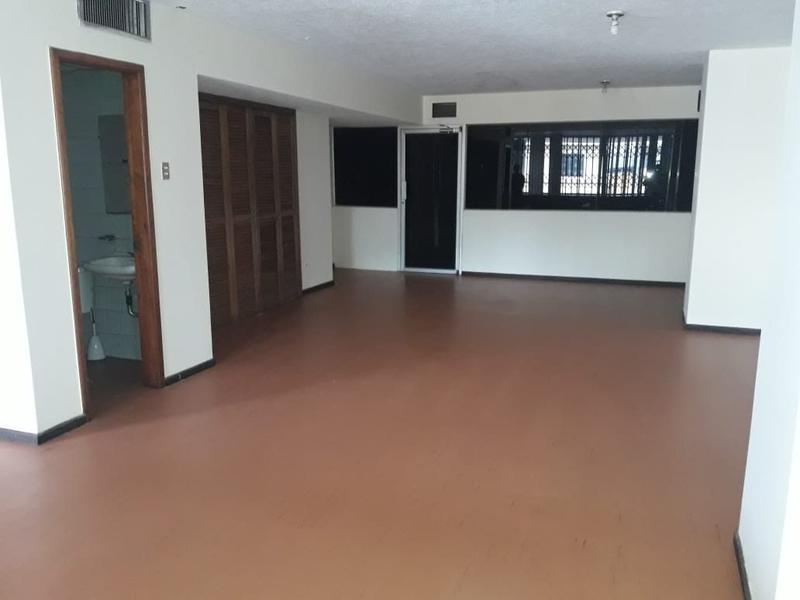 Foto Oficina en Alquiler en  Centro de Guayaquil,  Guayaquil  ALQUILO OFICINA CENTRO SECTOR BARRIO ORELLANA