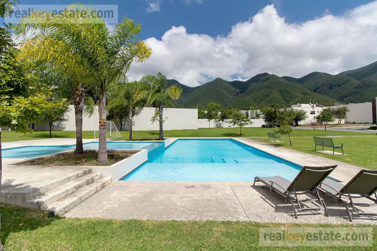 Foto Casa en Renta en  La Joya Privada residencial,  Monterrey      Casa en renta en Privada Magnolia,  La Joya Privada Residencial