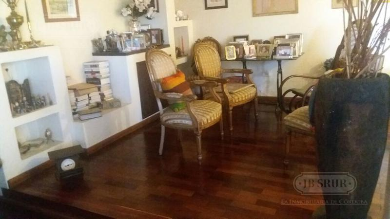 Foto Casa en Venta en  Pque.Velez Sarsfield,  Cordoba  Molina Jose Mateo al 600
