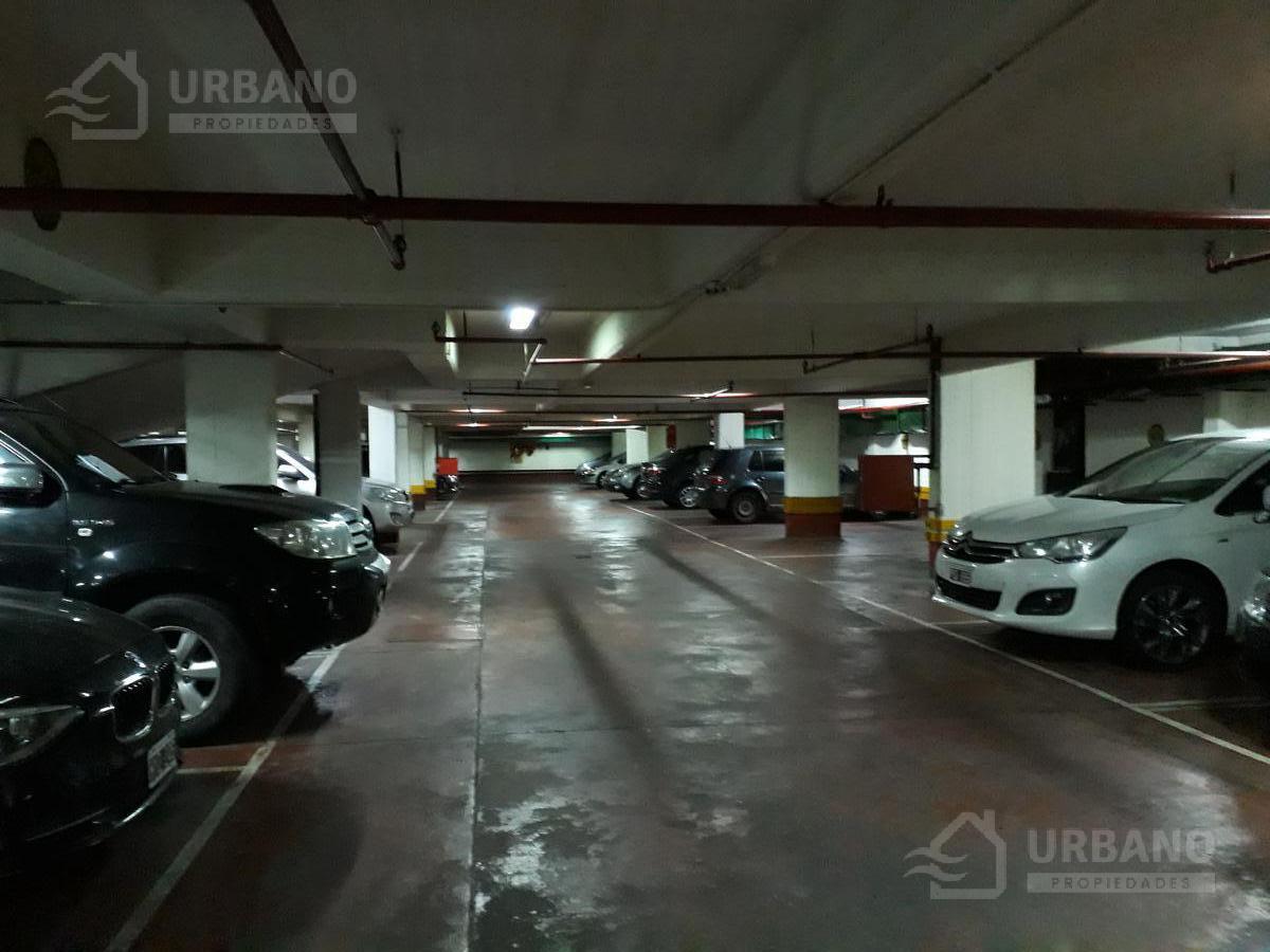 Foto Cochera en Venta en  Plaza S.Martin,  Barrio Norte  Paraguay al 600