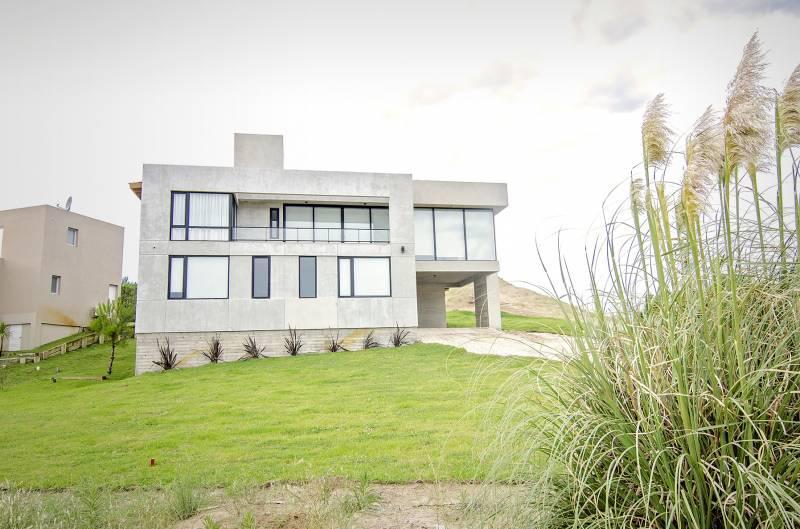 Foto Casa en Alquiler temporario en  Costa Esmeralda,  Punta Medanos  Deportiva 277