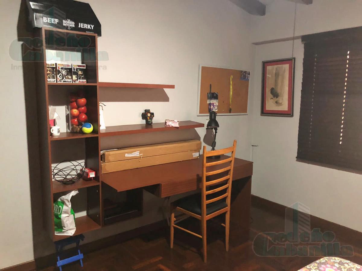 Foto Casa en Venta en  Vía a la Costa,  Guayaquil  VENTA OPORTUNIDAD  AMPLIA VILLA  URB.  SANTA CECILIA
