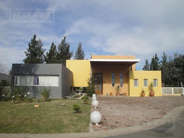 Casa de 190 mts en La Montura