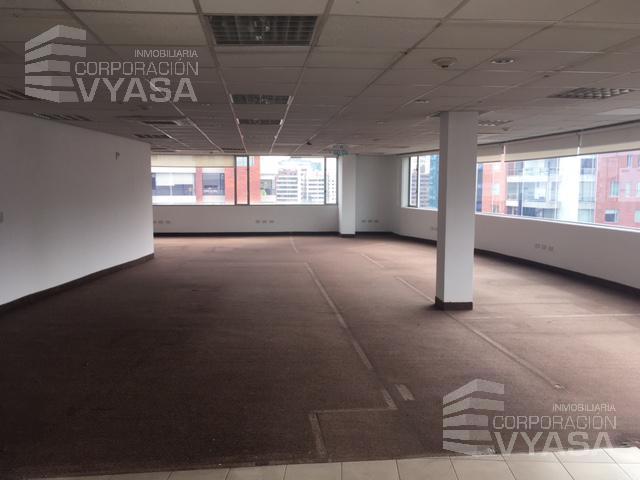 Foto Oficina en Alquiler en  Norte de Quito,  Quito  La Carolina - República de El Salvador, oficina  de 350 m2 en arriendo