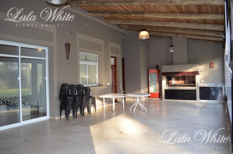 Foto Casa en Venta en  Canning,  Ezeiza  Venta - Casona en Canning - Ideal para eventos