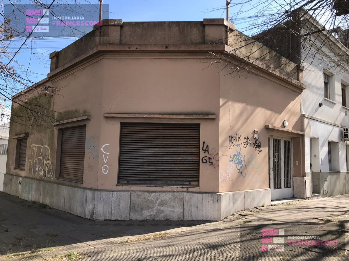 Foto Casa en Venta en  La Plata,  La Plata  19 esquina 65