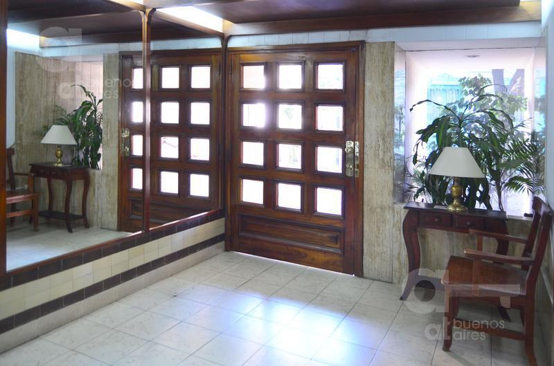 Foto Departamento en Alquiler temporario en  Balvanera ,  Capital Federal  Venezuela al 2200, entre Pichincha y Pasco