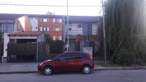 Foto Casa en Venta en  Banfield,  Lomas De Zamora  Av Martin Rodriguez