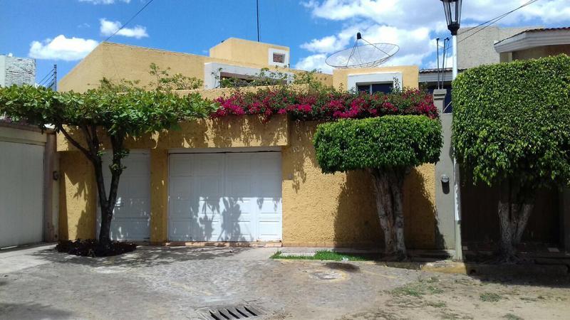 Foto Casa en Venta en  Club Campestre,  Jacona  EN VENTA RESIDENCIA  EN CLUB CAMPESTRE DE ZAMORA