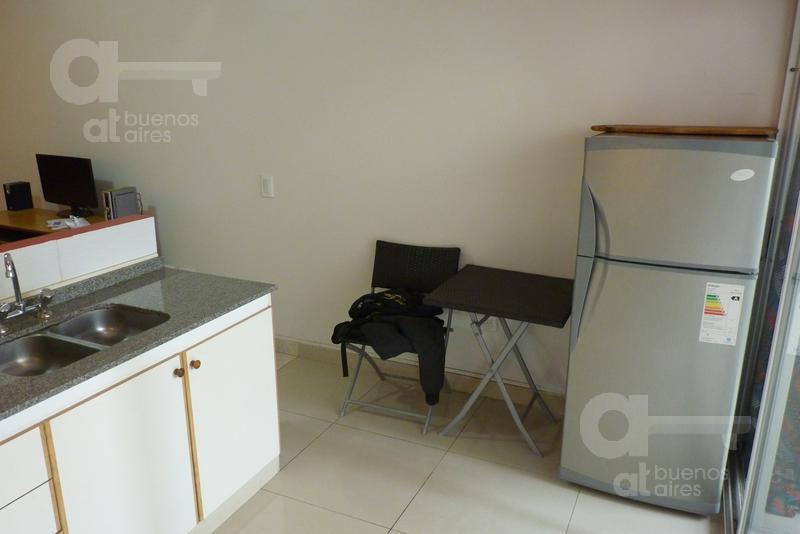 Foto Departamento en Alquiler temporario en  Balvanera ,  Capital Federal  Hipolito Yrigoyen al 2500