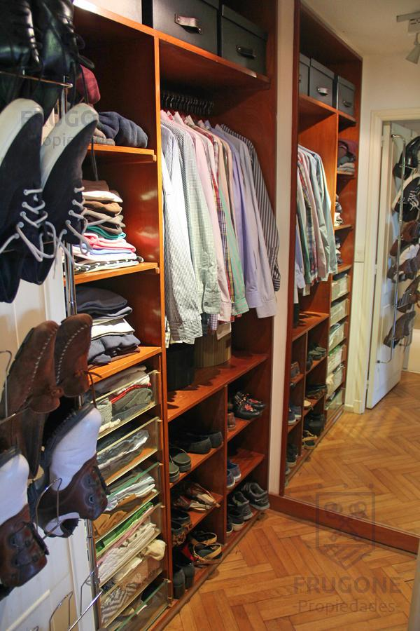 Foto Departamento en Venta en  Recoleta ,  Capital Federal  Dr. Ricardo Levene 900