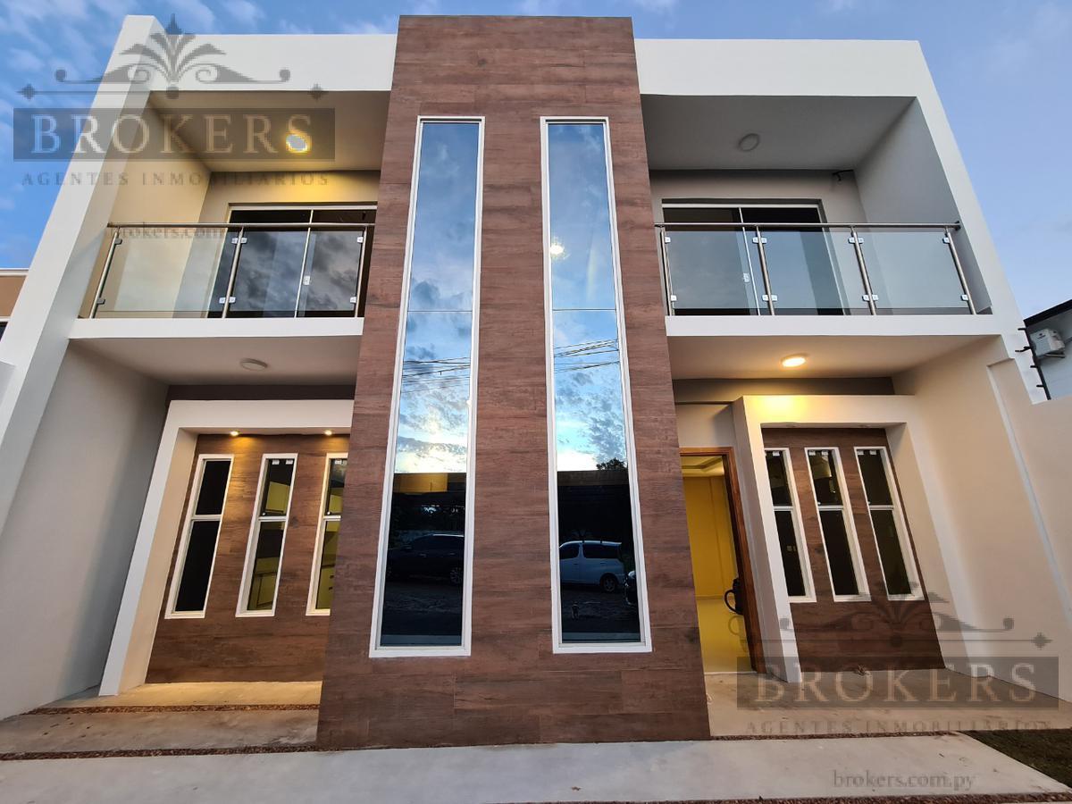 Foto Casa en Alquiler en  Lambaré,  Lambaré  Alquilo Duplex a Estrenar De 3 Domitorios Zona Yatch