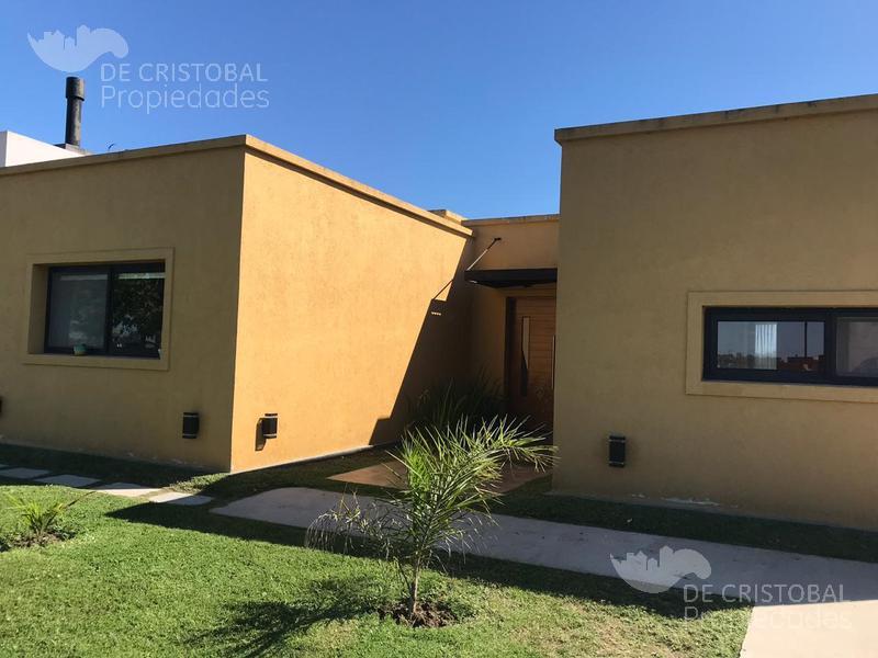 Foto Casa en Alquiler en  El Canton - Islas,  Countries/B.Cerrado  Canton Islas