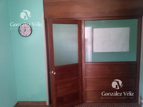 Foto Local en Alquiler en  Carmelo ,  Colonia  Isidoro Rodriguez entre Zorrilla y Uruguay